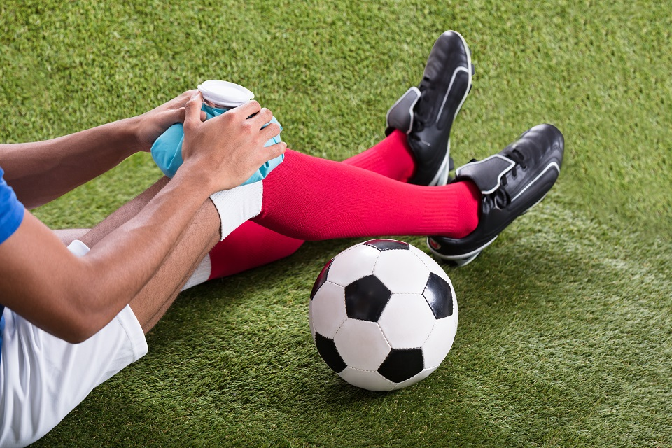 Keele researchers develop improved model for predicting injuries in footballers