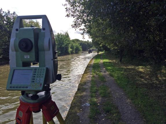 Leica Total Station Canal