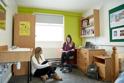 Students in Horwood halls bedroom